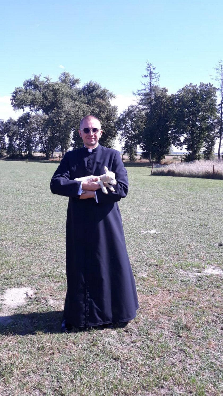 Ksiądz Jarosław Wiśniewski jest misjonarzem