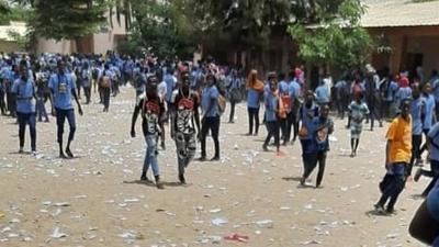 Vandalisme : le CEM de Hann veut exclure 15 élèves mais l'Ia de Dakar s'oppose
