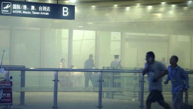 Wybuch na chińskim lotnisku desperacką akcją protestu