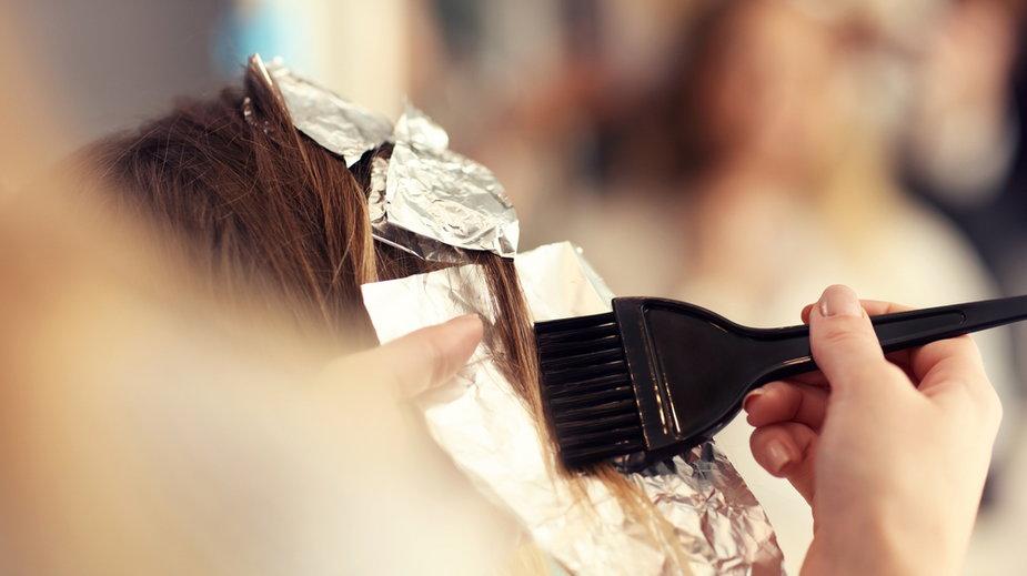 Kolory włosów - trendy na zimę 2021 - Terracotta hair