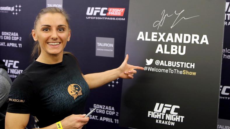 Aleksandra Albu do tej pory stoczyła pięć walk. Wszystkie wygrała.