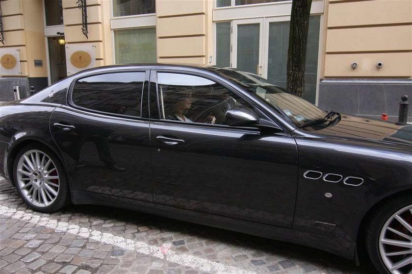Partner Górniak wozi ją Maserati! Zobacz ZDJĘCIA