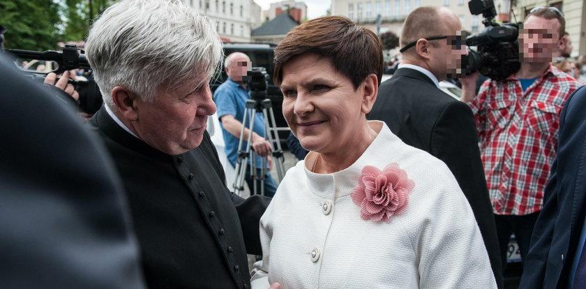 Tak syn premier Szydło został księdzem! Mama pękała wtedy z dumy