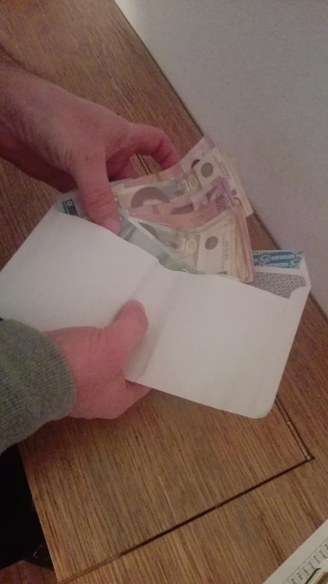 Začudićete se koliko možete da uštedite ako odvajate i sitan novac u jednu kovertu