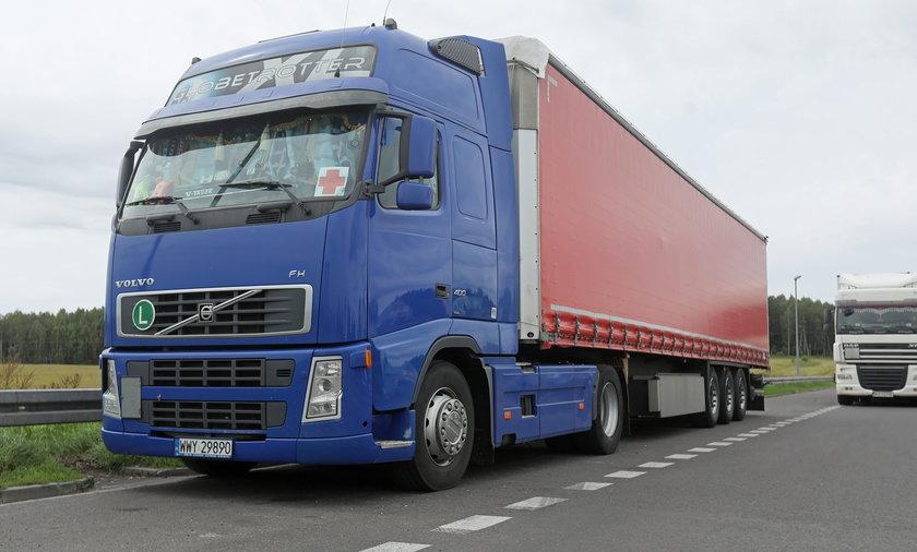 Transport z polską pomocą humanitarną dla migrantów na terenie Białorusi.