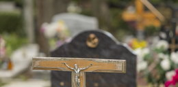Ukradli i zbeszcześcili zwłoki z cmentarza