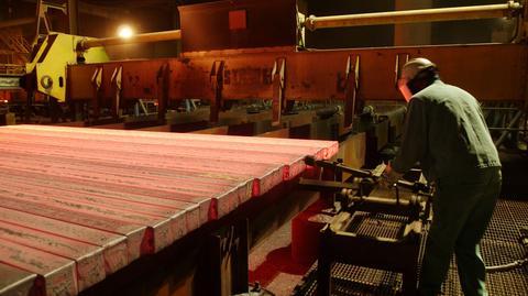 Produkcja przemysłowa spadła o o 0,6 proc. r/r