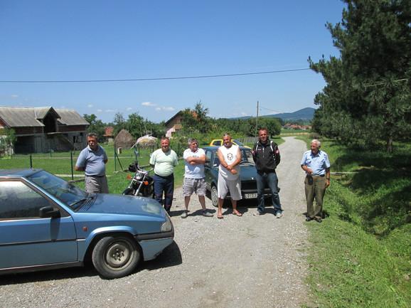 Blokadom do asfalta: Meštani Kozjaka