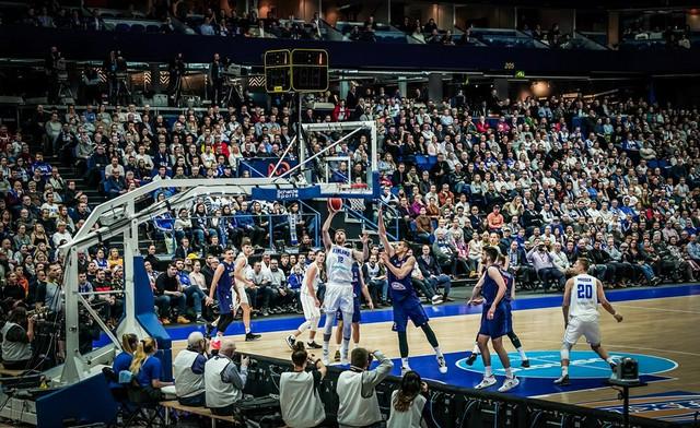Košarkaške reprezentacije Finske i Srbije u borbi za plasman na Evrobasket