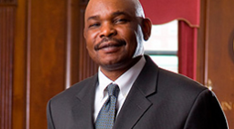 Netizens attack Prof. Makau Mutua after claiming DP Ruto is undergoing stages of grief before accepting BBI