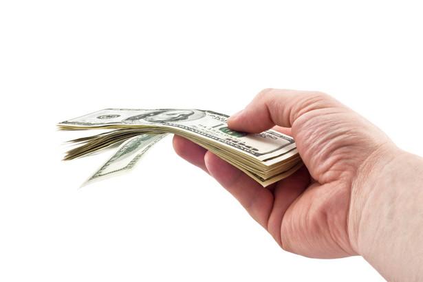 Preferencją podatkową nie są objęte darowizny przekazane osobom fizycznym. Można jednak odliczyć darowiznę z poleceniem, np. wpłatę na konto wyspecjalizowanej fundacji z przeznaczeniem na leczenie wskazanego dziecka