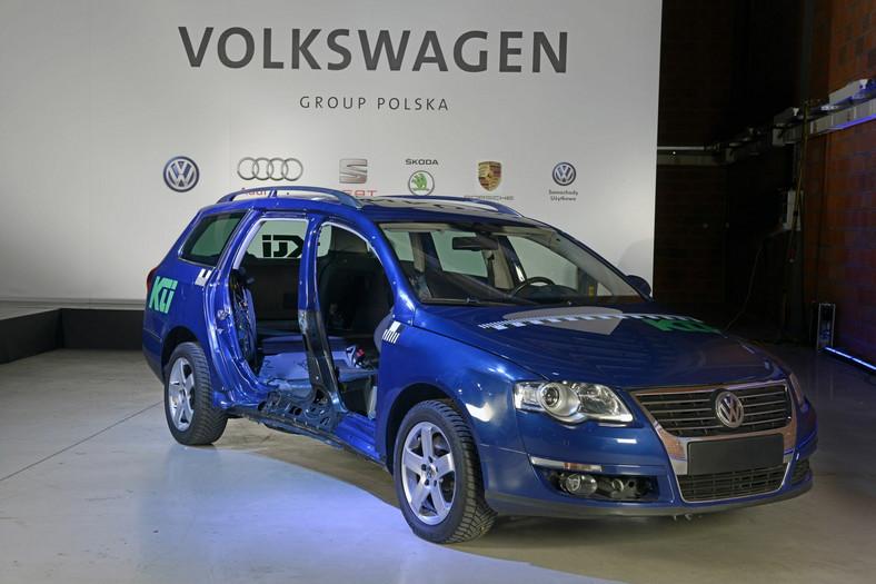 """VW passat naprawiany """"starą"""" metodą"""