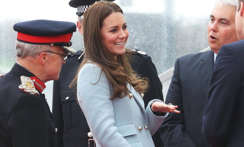 Tak rośnie brzuszek Kate.
