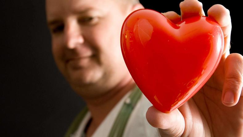 Wymiana zastawki serca to zabieg kardiochirurgiczny stosowany w zaawansowanych wadach zastawek serca