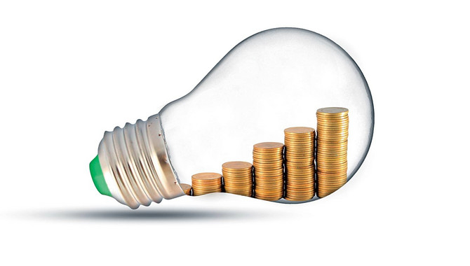 32269_stock-photo-traditional-glass-bulb-and-energy-savings-shutterstock_106032167