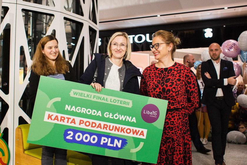 Losowanie mieszkania -nagrody w urodzinowej loterii z okazji otwarcia Galerii Libero w Katowicach