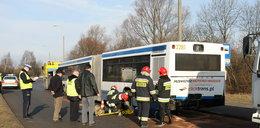 Ciężarówka staranowała autobus