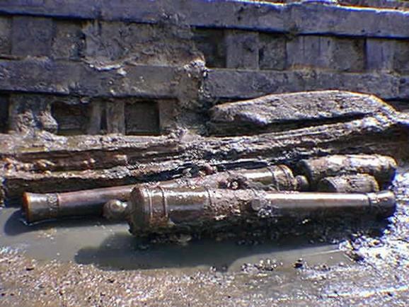 Završna faza iskopavanja 1997: ostaci topova