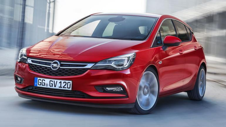 Najnowsza Astra z systemem Opel OnStar