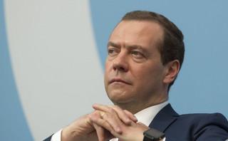 Miedwiediew: Zaostrzenie sankcji równałoby się wypowiedzeniu wojny gospodarczej
