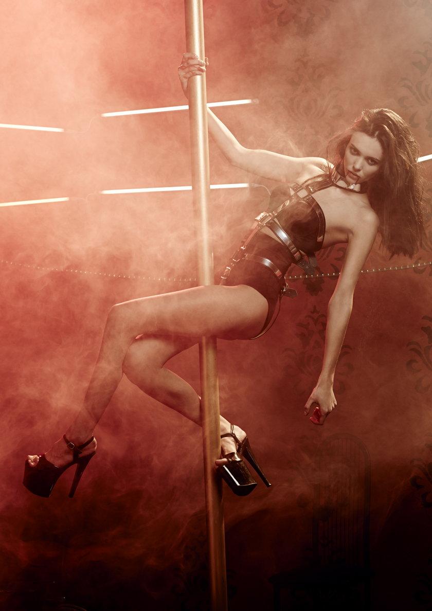 Marcela Leszczak na rurze w Top Model