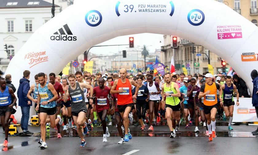Zmarł uczestnik Maratonu Warszawskiego. Stracił przytomność na trasie
