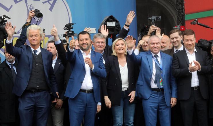 Gert Vilders, Mateo Salvini Marin Le Pen EPA MATTEO BAZZI