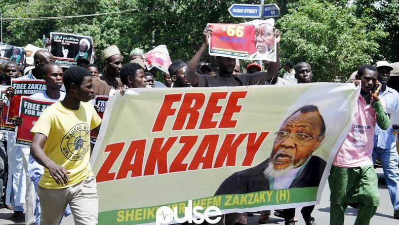 Shiites demanding the release of their leader, Ibrahim El-zakzaky, in Abuja.
