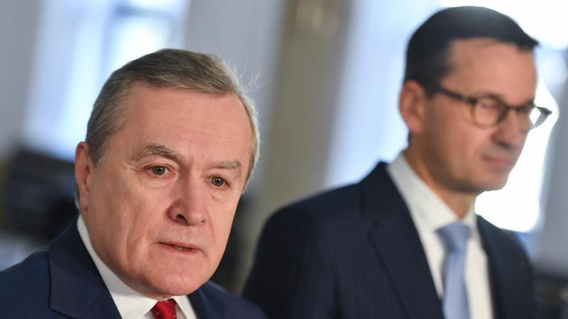 Wicepremier, minister kultury Piotr Gliński oraz wicepremier, minister rozwoju i finansów Mateusz Morawiecki