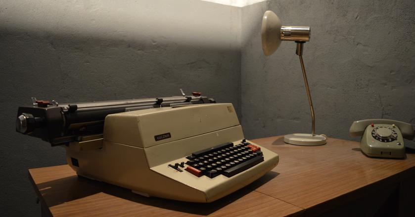 Maszyna do pisania firmy Łucznik
