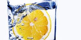 Pijesz wodę z cytryną? Będziesz cieszył się zdrowiem