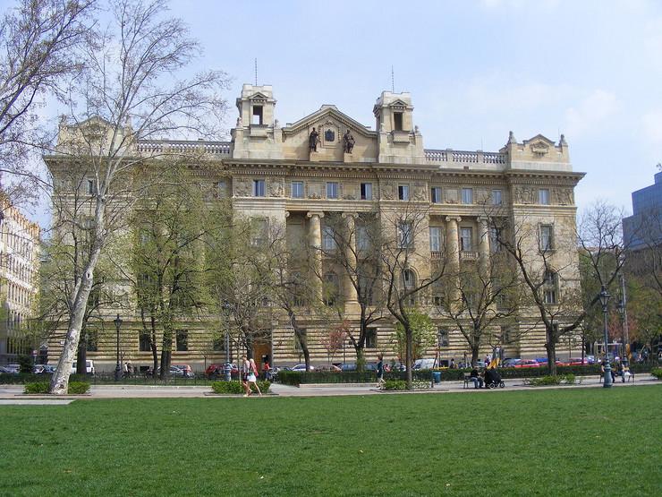 Nacionalna banka Mađarske Wikimedia Public domain