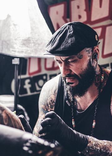 Gdzie Zrobić Tatuaż W Polsce Konwent Tatuażu 2019 Noizz