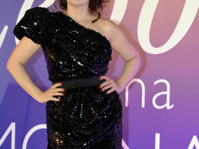 Nina Badrić u mini haljini i vrtoglavim potpeticama: Važi za lepoticu, sada je SEKSEPIL NA ŠTIKLAMA