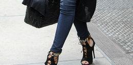 Znana modelka nosi buty od Anji Rubik
