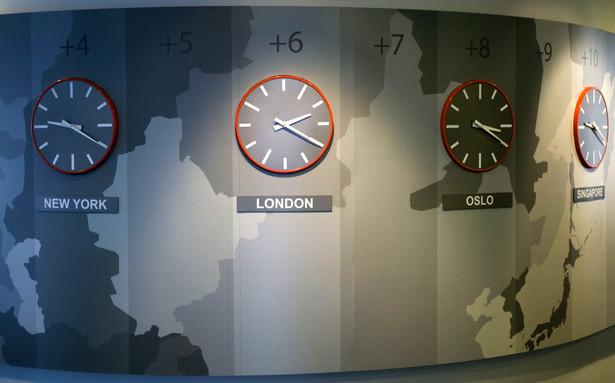 Między 9:13 a 10:00 światło dzienne ujrzą finalne odczyty przemysłowych PMI dla strefy euro w maju.