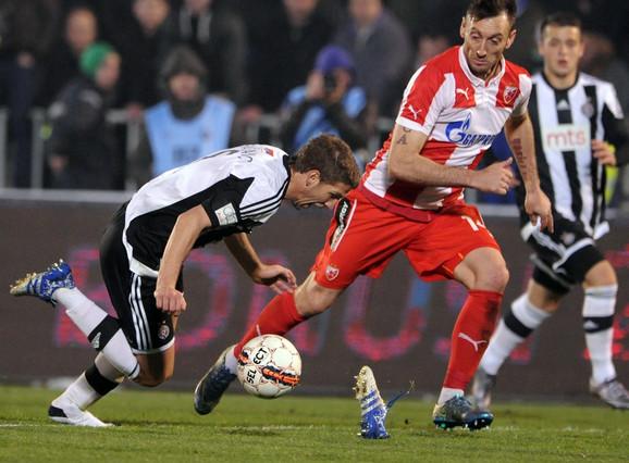 Savo Pavićević, bivši fudbaler Crvene zvezde, igrao je za Crnu Goru, a rođen je u Lovćencu