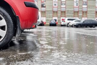 Jak prawidłowo ustalać opłaty za parkowanie? [PORADNIA SAMORZĄDOWA]