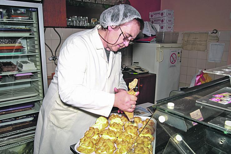 Jasminka Dimić, kolaci foto Mirjana Cvoric Gubelic (1)