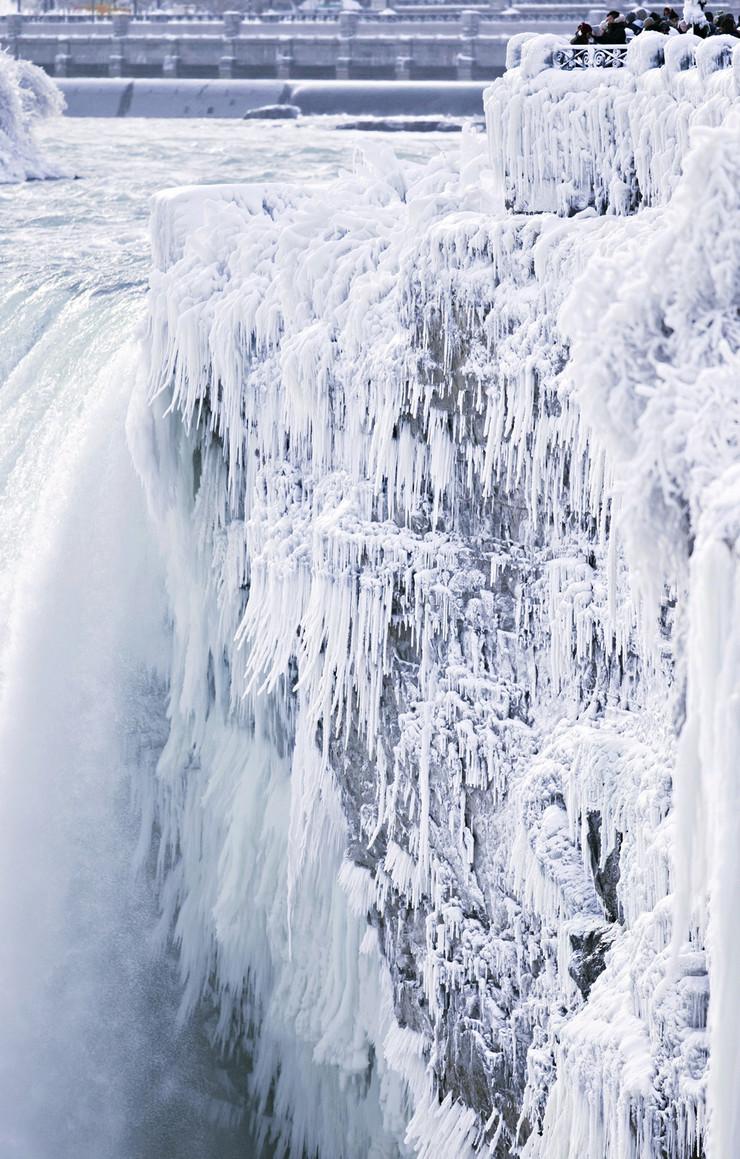 Nijagarini vodopadi Niagara Falls foto Tanjug AP (1)