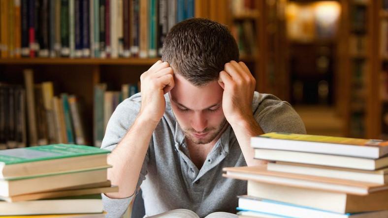 Studia pracy nie dają