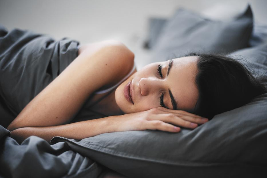 a hideg alvás segít a fogyásban