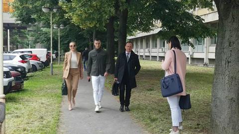 Karleuša se opet nije pojavila na suđenju sa Vranješom: Sledeći poziv će joj uručiti policija!