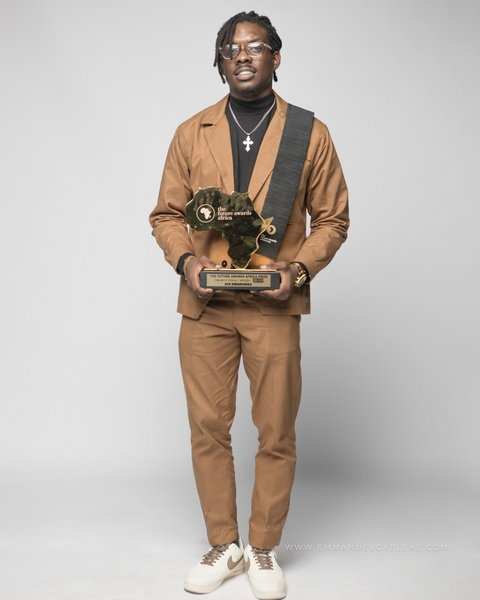 Ken Nwadiogbu (Art)
