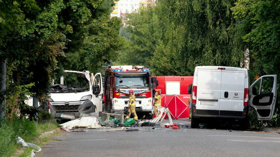 Wybuch gazu zniszczył samochód dostawczy
