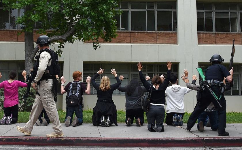Studenci sprawdzani pod kątem posiadania broni
