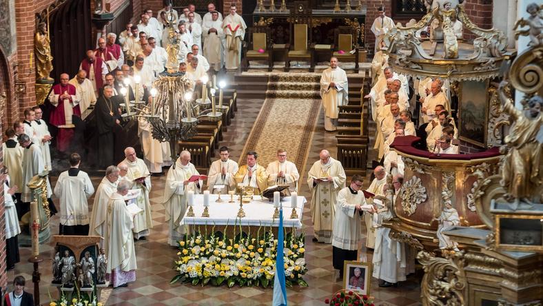 W katedrze świętych Jana Apostoła i Jana Chrzciciela w Toruniu św. Jana Paweł II został oficjalnie ogłoszony patronem województwa kujawsko-pomorskiego