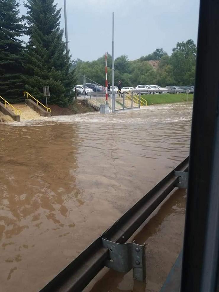 Poplava u Kosjeriću