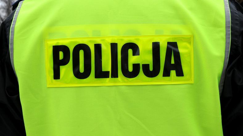 Trzej policjanci ranni w pobliżu Jeleniej Góry w trakcie zatrzymania sprawcy rozboju