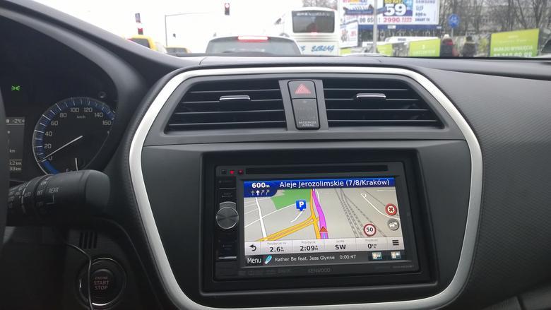 Nawigacja Garmin w radiu Kenwood DNX4230BT